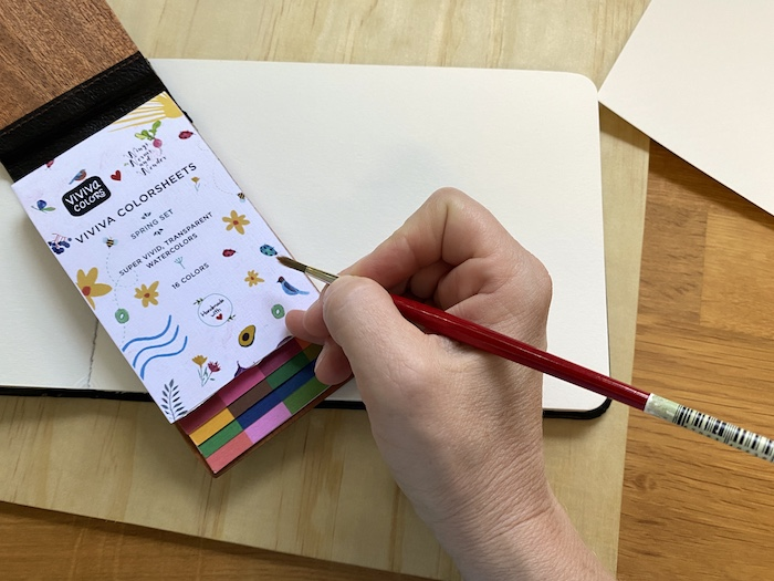 It's Wonder Wednesday 107! Click to get the Wings, Worms, and Wonder low down on how to load your brush with paint for journaling success!