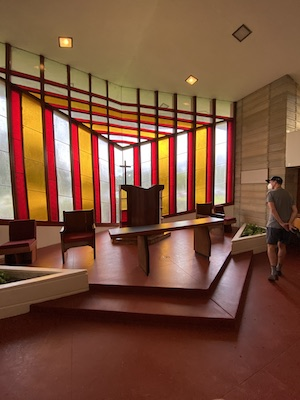 Discover the natural wonder in the architecture of Frank Lloyd Wright! Click for a tour with Wings, Worms, and Wonder!